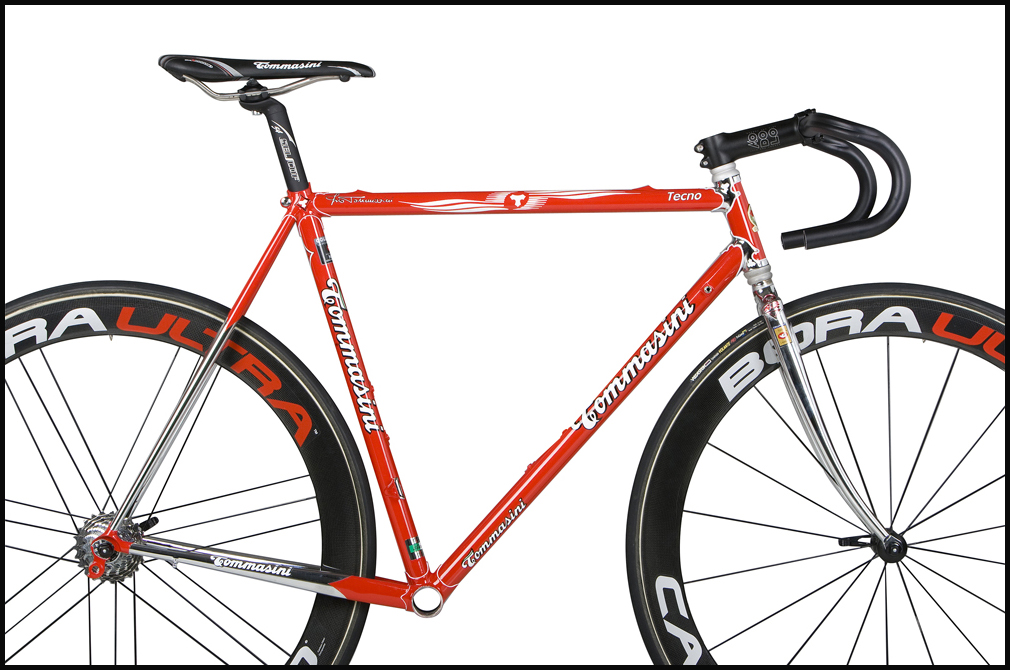 tommasini_tecno_red_white